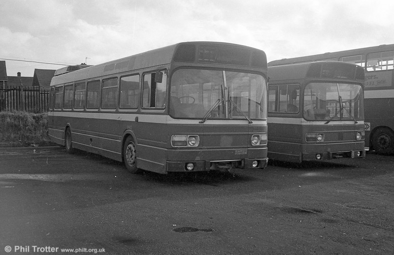 London Country Leyland National B52F LNB65 (NPD 165L) at Ravenhill, soon to become SWT 833.