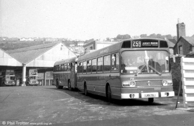 Leyland National B52F 711 (LWN 711L) in original condition at Brunswick St.