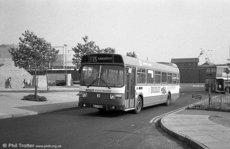 750 (GCY 759N), a Leyland National B52F at Swansea.