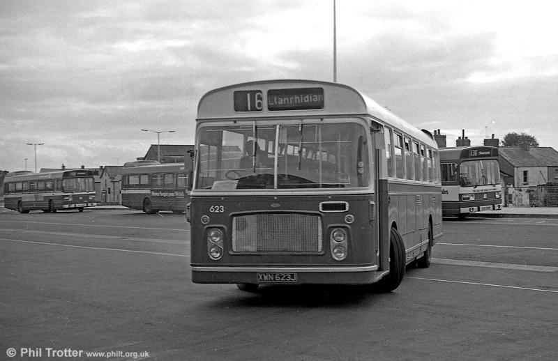 623 (XWN 623J) a 1971 Bristol RELH6G / ECW DP45F at Swansea.