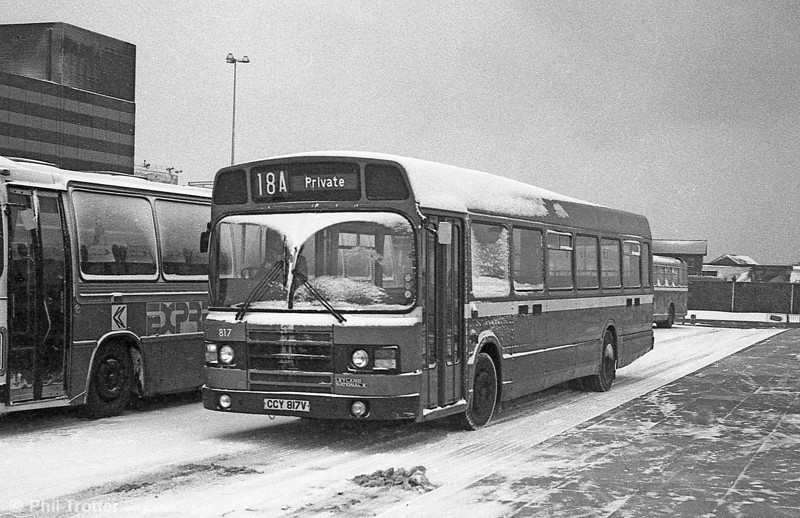 Leyland National 2/B52F 817 (CCY 817V) in the snow at Swansea.
