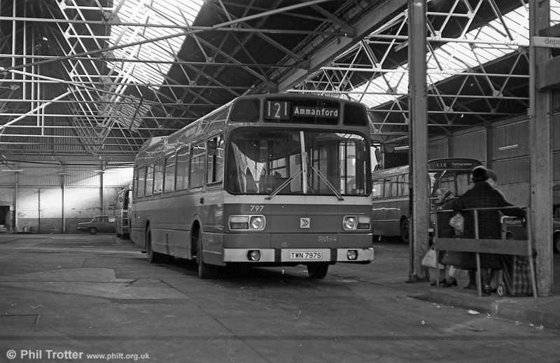 The former James Ammanford depot/bus station closed to passengers from January 7th 1980. From that day it served as a depot only, local services were transferred to nearby streets. Leyland National 797 (TWN 797S) waits to leave prior to the closure.