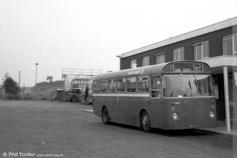 Leyland Leopard PSUC1/Marshall B43F 340 (HBO 394D), ex-Western Welsh, at Haverfordwest.