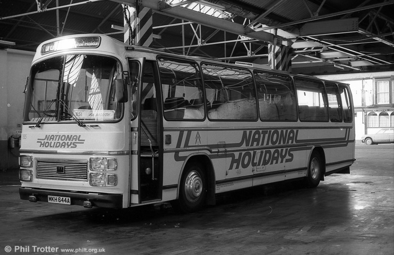 185 (MKH 644A, but formerly JOX 443P), a Leyland Leopard/Plaxton C47F, acquired from Midland Red in 1976. Not that by now the coach had a modernised front.