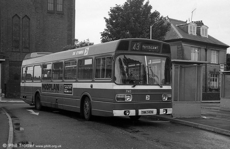 740 (TWN 740N), a Leyland National B52F at Llanelli.