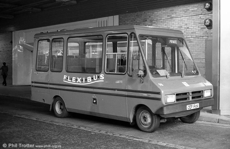 Bedford CF/Reebur DP17F 96 (CEP 196V).