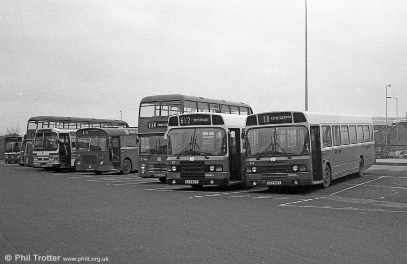 The Leyland National 2s were converted to DP49F for use on longer distance routes. This was done in towo stages with the vehicles first being reliveried and later having DP style seating fitted. 816 and 817 are seen in the interim stage at Swansea.