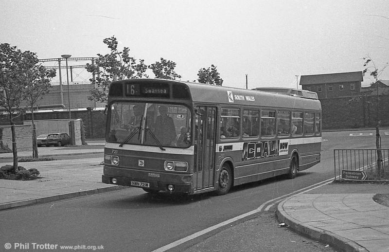 721 (NWN 721M), a Leyland National B52F .