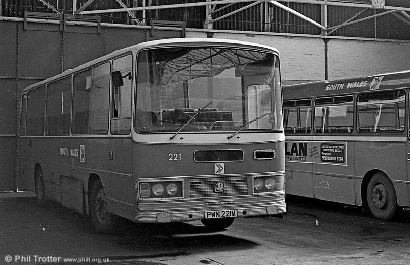 Bedford YRQ/Willowbrook DP45F 221(PWN 221M) at Gorseinon.