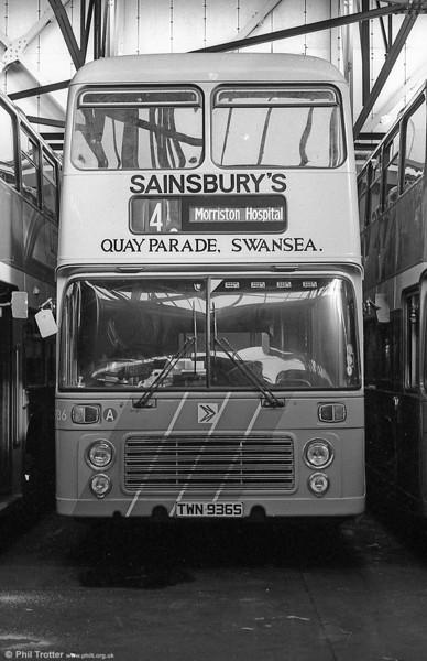 Bristol VRT SL3/ECW H43/31F 936 (TWN 936S) in Sainsbury's livery at Brunswick St.