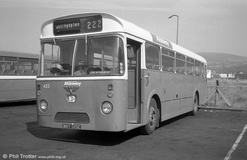 425 (MNY 135E), an AEC Reliance/Marshall DP49F. This became the last ex-Thomas Bros., Port Talbot vehicle in service; it was withdrawn in July 1981.