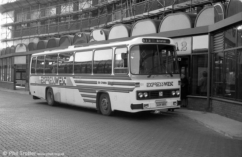 101 (LCY 101X), a 1981 Leyland Leopard/Willowbrook 003 C49F at Cardiff.