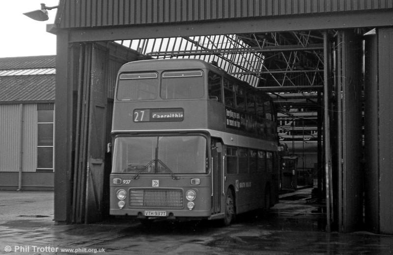 Bristol VRT SL3/ECW H43/31F 937 (VTH 937T) at Ravenhill.