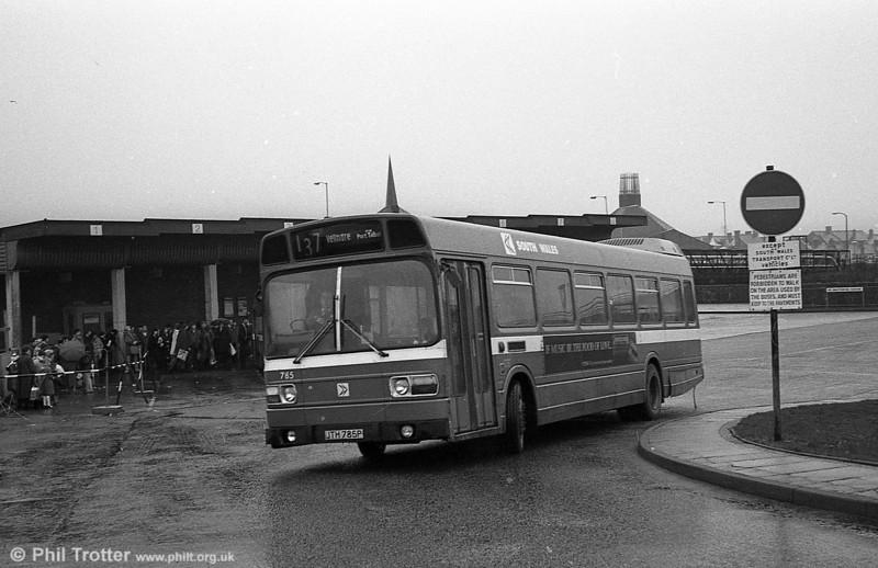 Leyland National/B52F 785 (JTH 785P) at Port Talbot.