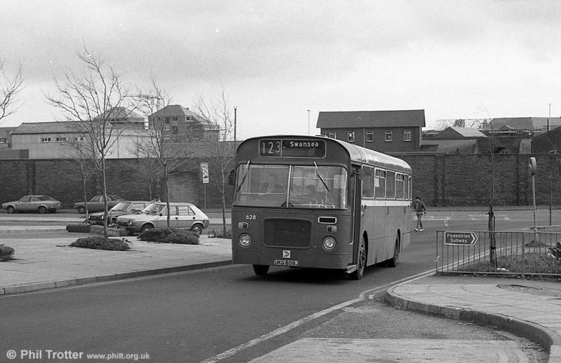 Bristol RELL6L/Marshall B51F 628 (UKG 809J) at Swansea.