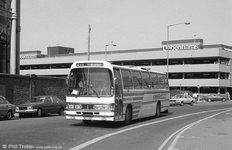 Leyland Leopard PSU5E/Duple C53F 115 (MCY 115X) at Swansea. From May 22 1983, Expresswest services X10, X11 and X12 were renumbered in the National Express series as 610-2.