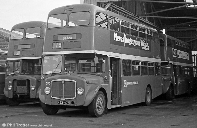 1964 AEC Regent V/Weymann H39/32F 590 (423 HCY) at Llanelli.