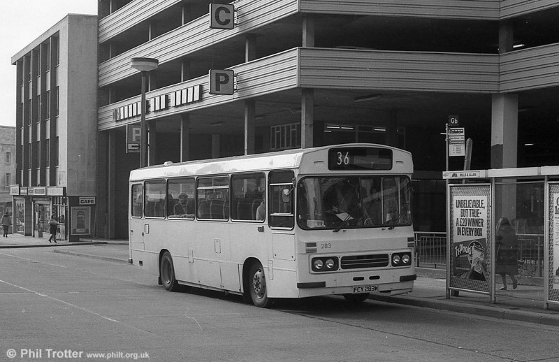 283 (FCY 283W), a 1981 Bedford YMQ/Duple DP45F in as-delivered condition at Swansea.