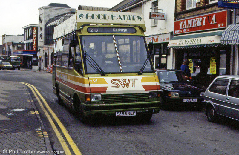 255 again, this time operating on one of the routes for which it was purchased.