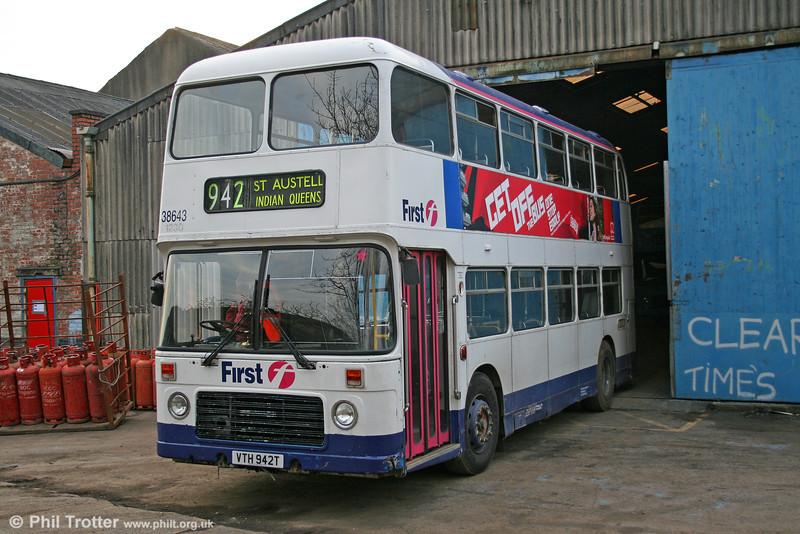 Bristol VRT, 942 (VTH 942T) a  BristolVRT/SL3 with ECW H43/31F, seen in preservation. 27th December 2005.