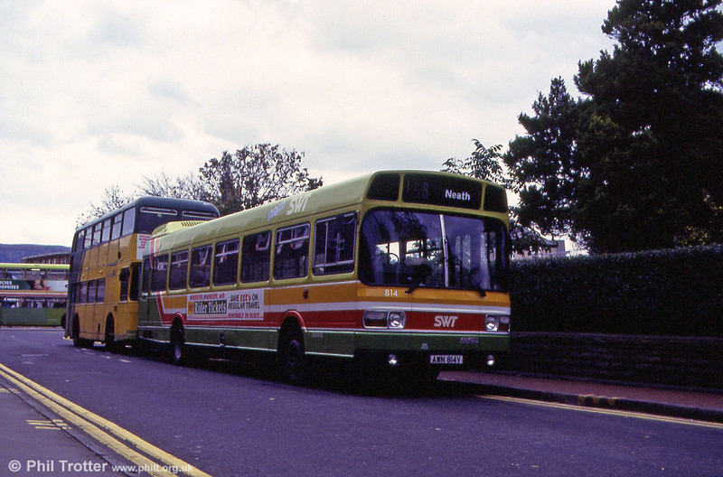 814 (AWN 814V) waits at Neath, Victoria Gardens.