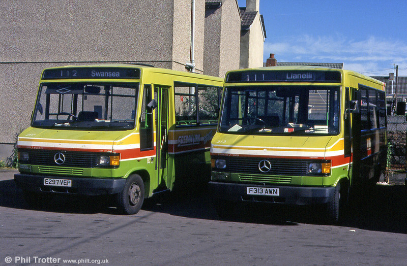 Another June 1993 shot at Llanelli with 709Ds 297 and 313.