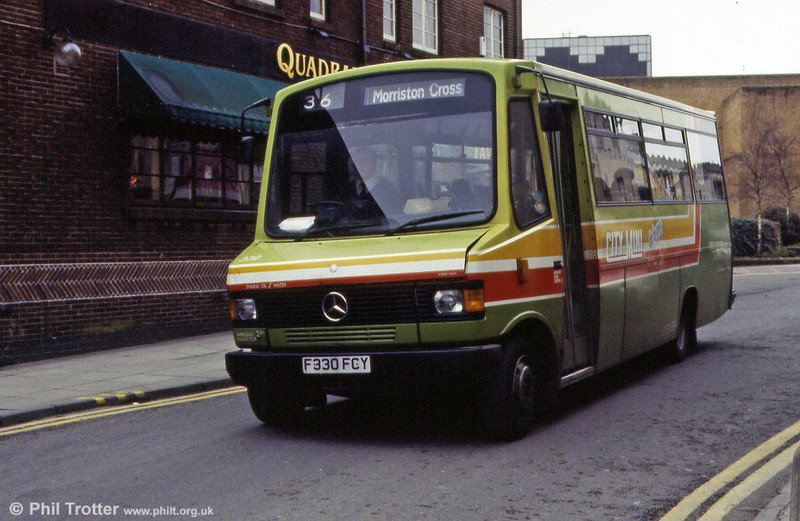 Mercedes 814D no. 330 paasses the Quadrant Gate pub. These were introduced from 1989.