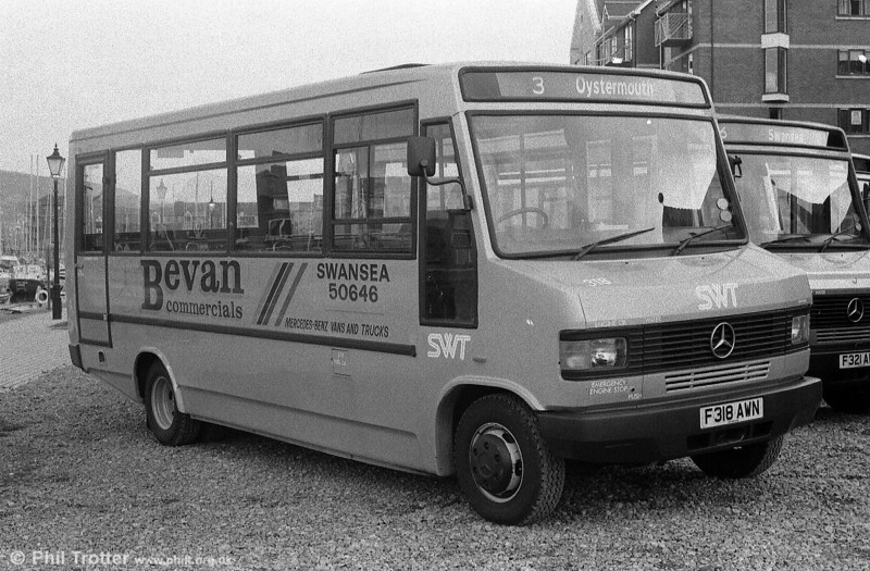 318 in an overall advert livery for Bevan Commercials.