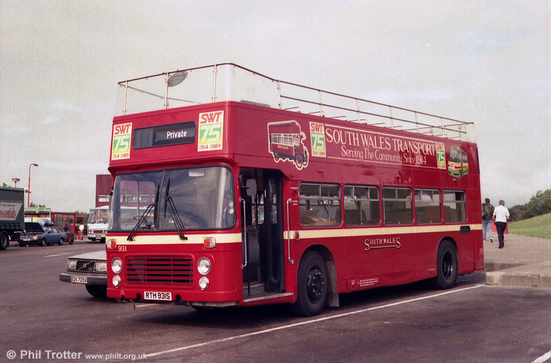 Bristol VRT SL3/ECW CO43/31F 931 (RTH 931S) in SWT 75th Anniversary livery at Aust services on its way to the 1989 Bristol Bus Rally.