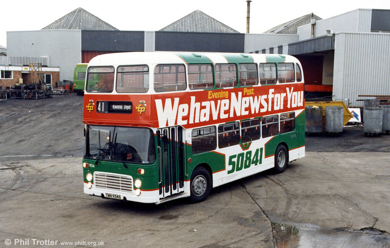 Bristol VRT/ECW H43/31F 934 (TWN 934S) in a revised Evening Post advertising livery, continuing a contract which had begun in National Bus days.