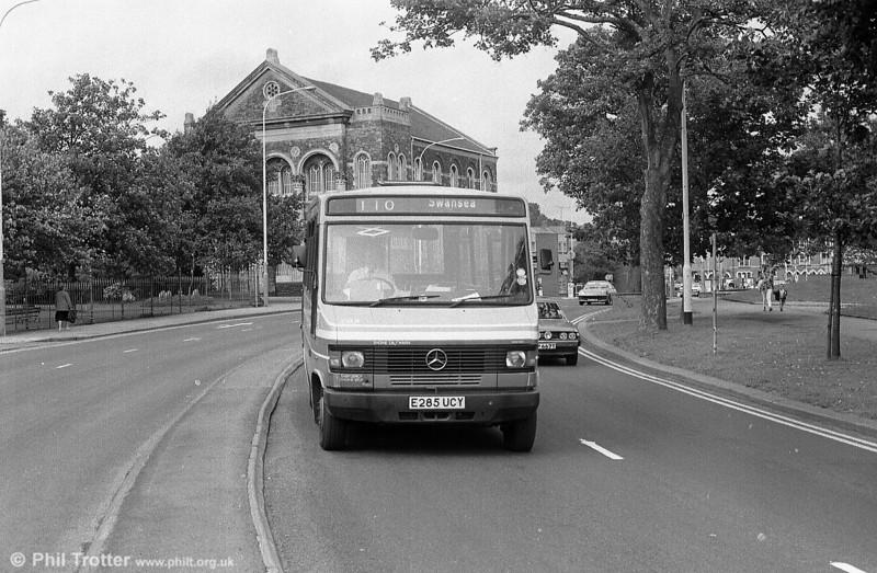 285 (E285 UCY) at Llanelli.