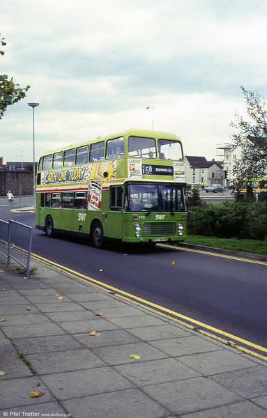 A later view of 998 (OCY 906R) with its 1981 body.