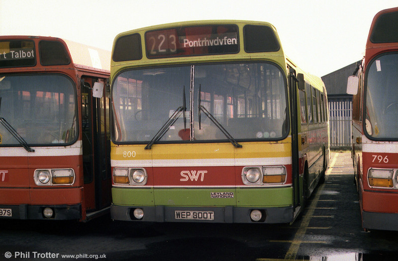 Another Port Talbot vehicle was LN 800 (WEP 800T). The registration was out of sequence, so presumably TWN 800S was purchased for use elsewhere!