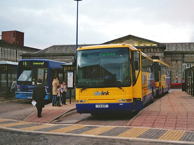 Rapsons Volvo B10M-62 644 (T131AST) in Citylink livery loading for Portree