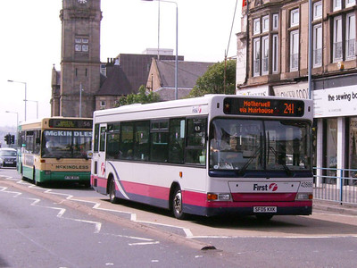 First 42886 (SF05KXK), Motherwell, 4th August 2007