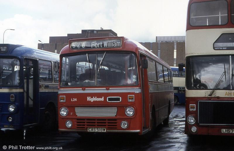 Highland Omnibuses L24 (CAS 518W), a 1981 Leyland Leopard/Alexander DP49F.