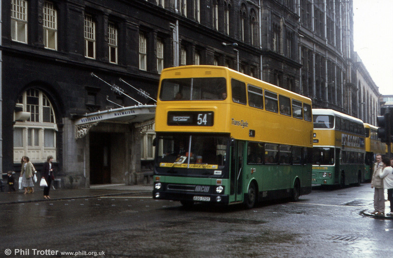 Then barely three months old, MB29 (KGG 170Y) was a MCW Metrobus/H46/31F new in February 1983.