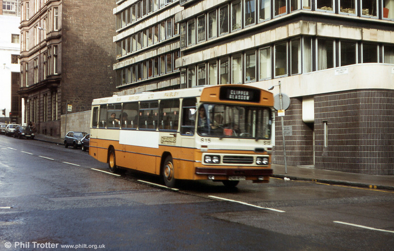 Graham's, Paisley S15 (EHS 107T) a Leyland Leopard/Duple B55F seen in Glasgow in 1983.