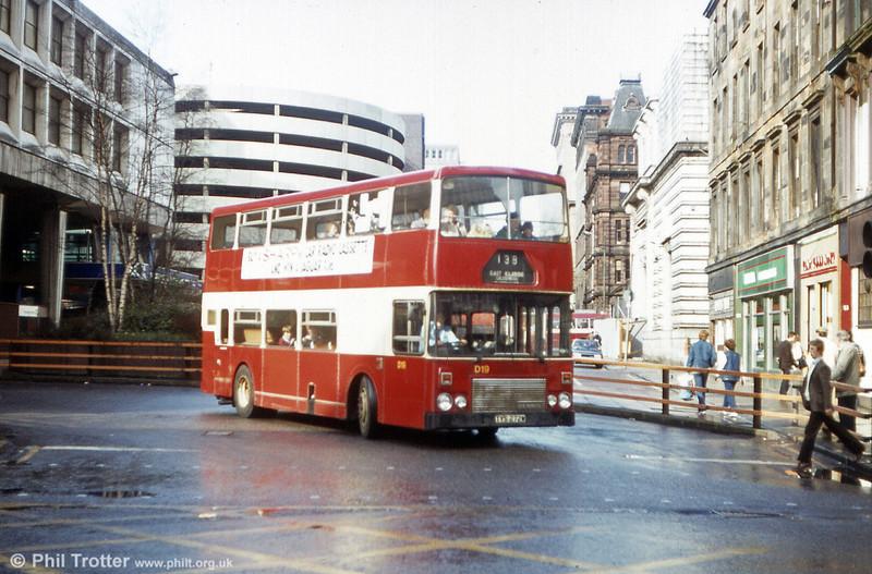 Central SMT D19 (TYS 272W), a 1981 Dennis Dominator/Alexander H45/34F.