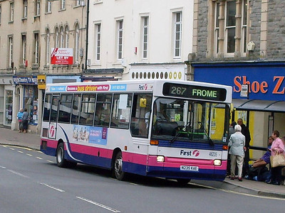 First 42635 (N235KAE), Frome, Somerset, 13th September 2010