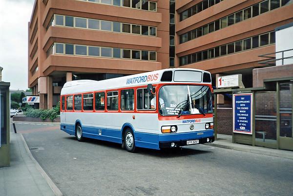 Luckett's AYR326T, Watford Junction 15/5/1991