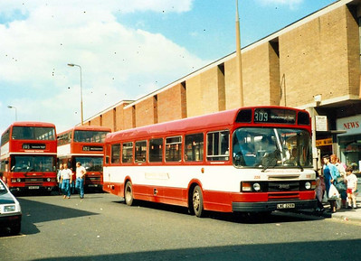 Yorkshire Traction Leyland National 228 (LWE228W) in Midland Street in 1987