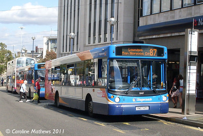 Stagecoach 22427 (YN07KPV), High Street, Sheffield, 9th August 2011