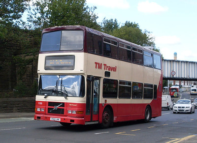 TM Travel 1130 (R32LHK), London Road, Sheffield, 9th August 2011