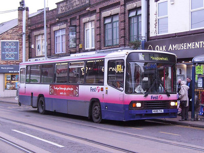 First 60527 (H685THL), Hillsborough, Sheffield, 1st December 2006