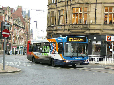 Stagecoach 31909 (W519CCK), Church Street, Sheffield, 23rd December 2012