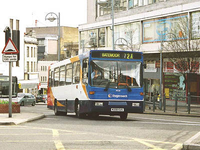 And similar bus 30228 (Yorkshire Terrier 2208 - M208EUS) was another early repaint. The Volvo B6s didn't stay long in Stagecoach ownership