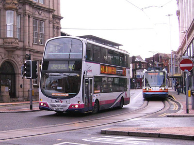 First 31796 (YN53EFP), a Wright bodied Volvo B7TL at the bottom of West Street, 21st September 2007