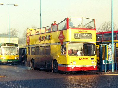 A rather unexpected bus in service on 23rd December 1994 was Alexander bodied Leyland Atlantean 287 (SWB287R). Not ideal weather for an open topper!