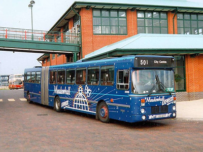 Leyland-DAB artic 2008 (C108HDT) at Meadowhall Interchange in the blue Meadowhall Express livery, 25th July 1991